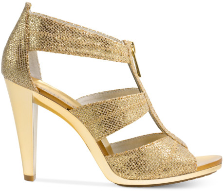 Colour me Friday – Sparkling Gold Shoes