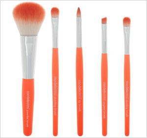Colour me Friday – Penguin Classic Orange