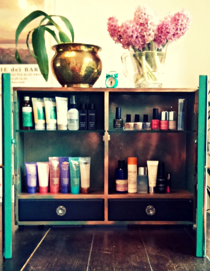 Vintage Medicine Cabinet Upcycle