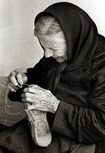 abuela-alpargatas